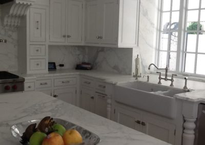 Calcatta Kitchen with Full Splashes